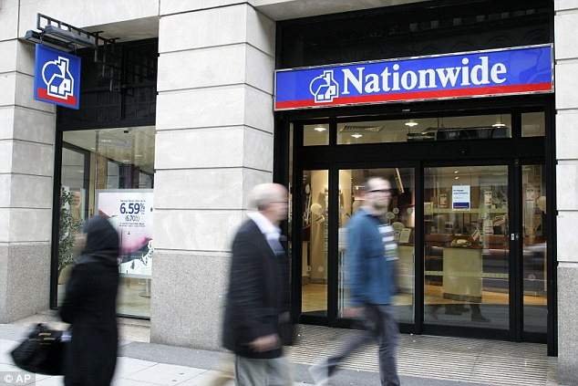 0293357000000578-4084996-Nationwide_Building_Society_has_cut_mortgage_rates_across_its_fu-a-1_1484236367570